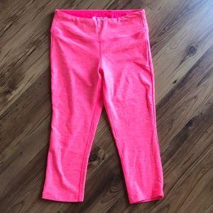 NewBalance, hot pink capri workout leggings